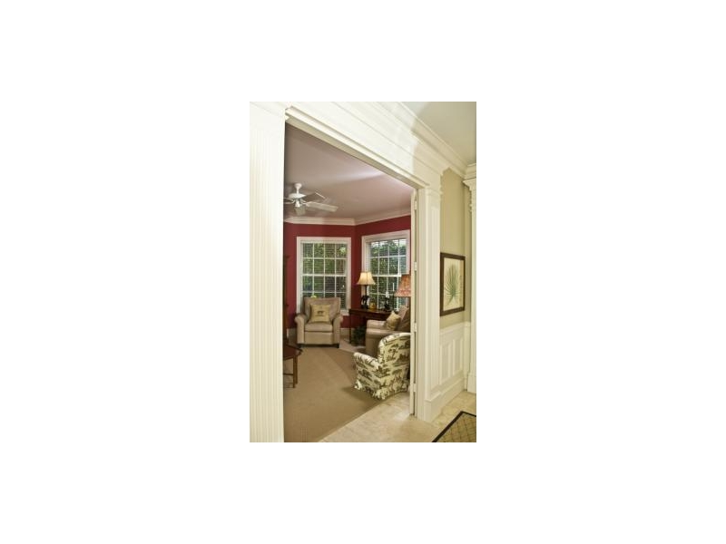 colonial-paneling-mouldings