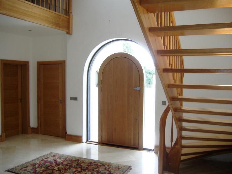 floating-door-spiral-oak-doors-1